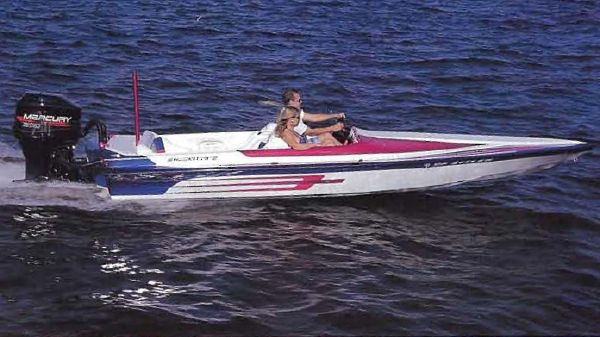 Shockwave 20' TUNNEL 2012 All Boats
