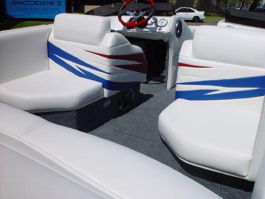 Shockwave 22' SC 2012 All Boats