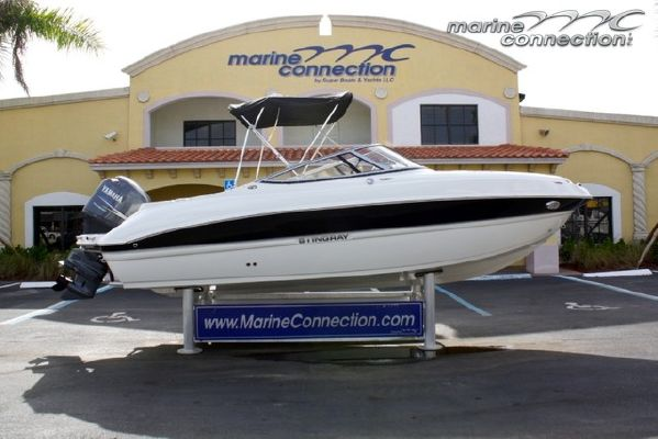 2012 stingray 214 lr outboard bowrider boats yachts for sale for Bowrider boats with outboard motors