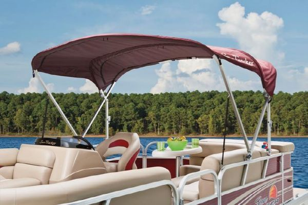 Sun Tracker PARTY BARGE 20 Signature Series 2012 Sun Tracker Boats for Sale