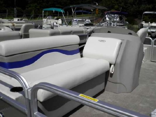 Sweetwater 186 SUNRISE 2012 Sweetwater Pontoon Boat