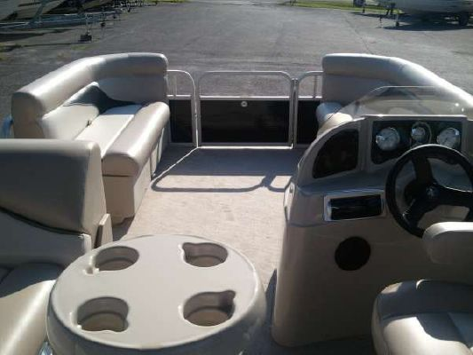 Sweetwater 2086 CR 2012 Sweetwater Pontoon Boat