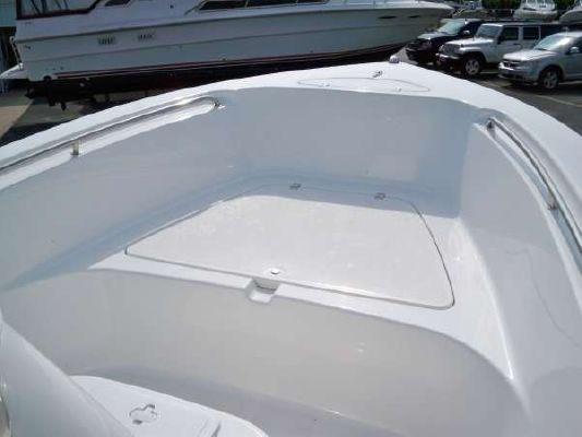 TIDEWATER BOATS 216CC Adventure 2012 Tidewater Boats for Sale