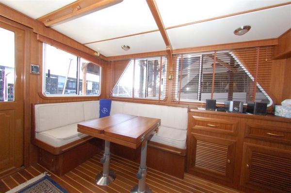 2013 mariner yachts international seville pilothouse  3 2013 Mariner Yachts International Seville Pilothouse