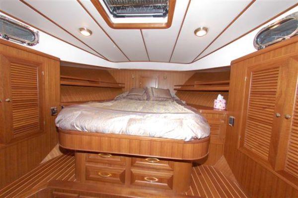 2013 mariner yachts international seville pilothouse  6 2013 Mariner Yachts International Seville Pilothouse
