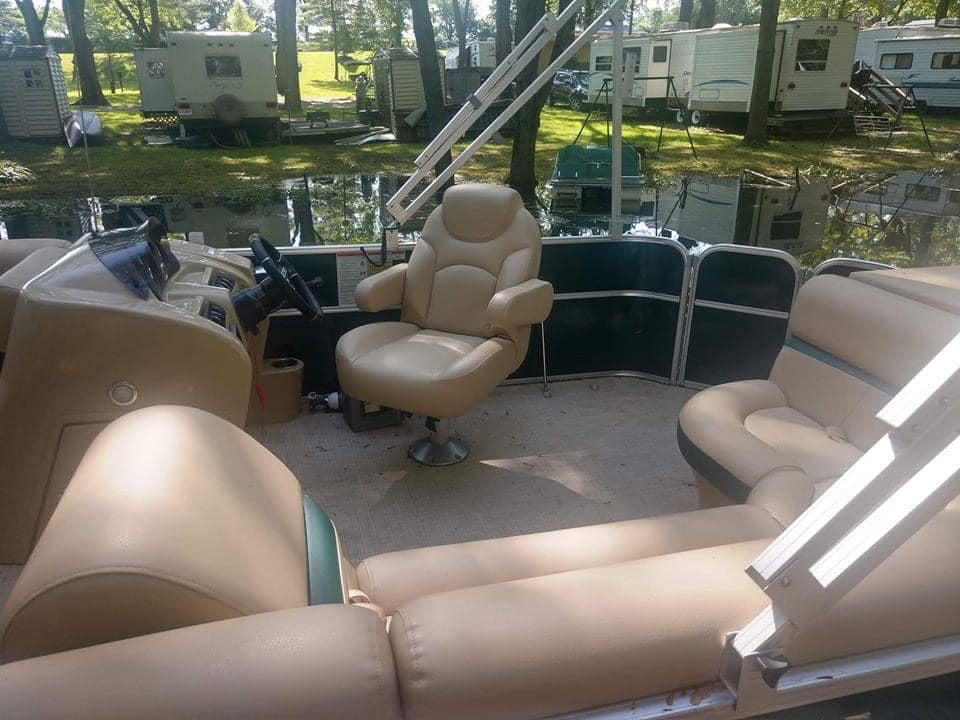 How To Buy Used Pontoon Boats Between 10.000 - 15.000 USD All Boats